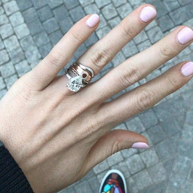 Why wear one when you can wear them all? 🤷🏻‍♀️ . Photo @nicobfox . . #finejewellery #solidgold #stackingrings #alternativeweddingring #minimaliststyle #diamondrings #goldband #rosegoldring #whitegoldring #yellowgoldring #mixedmetals #mixedmetaljewelry #engagementringgoals