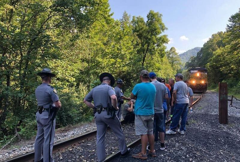 Why Kentucky Miners Are Blockading a Coal Train - Medium