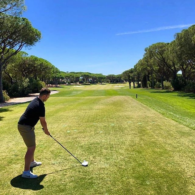 Billy playing some of the best courses in Portugal 🇵🇹 on his recent trip! Looks pure out there 👌🏼👌🏼👌🏼 #weareygt #golf #bestjob