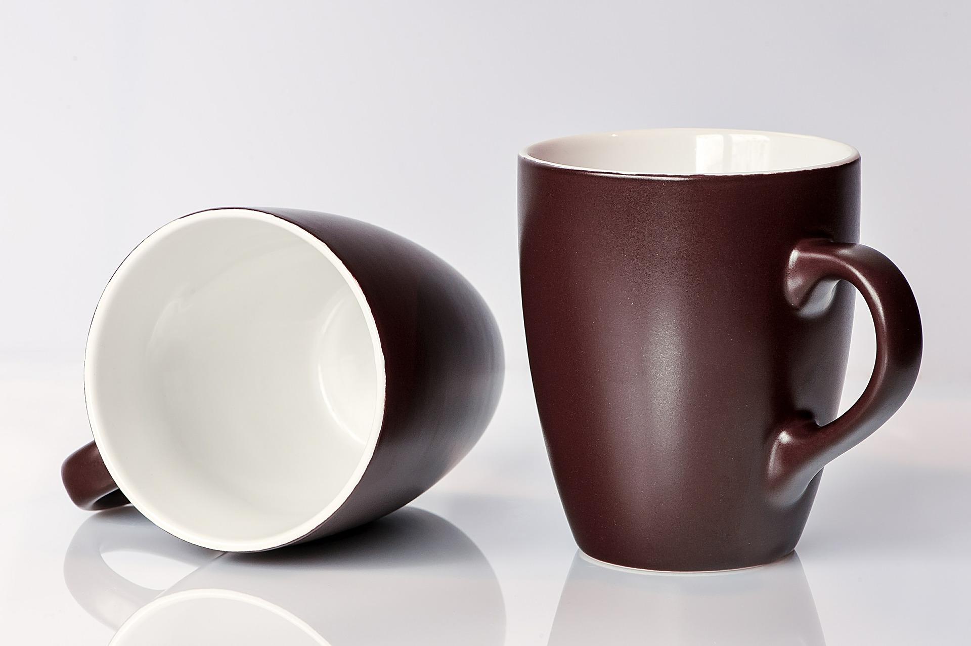 coffee-mugs-459324_1920.jpg