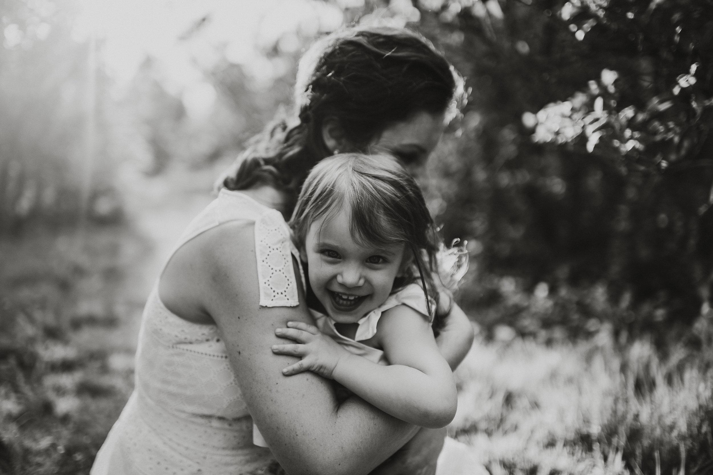 Laudien_Motherhood_New _Jersey_Photographer_Rutgers_Gardens_3