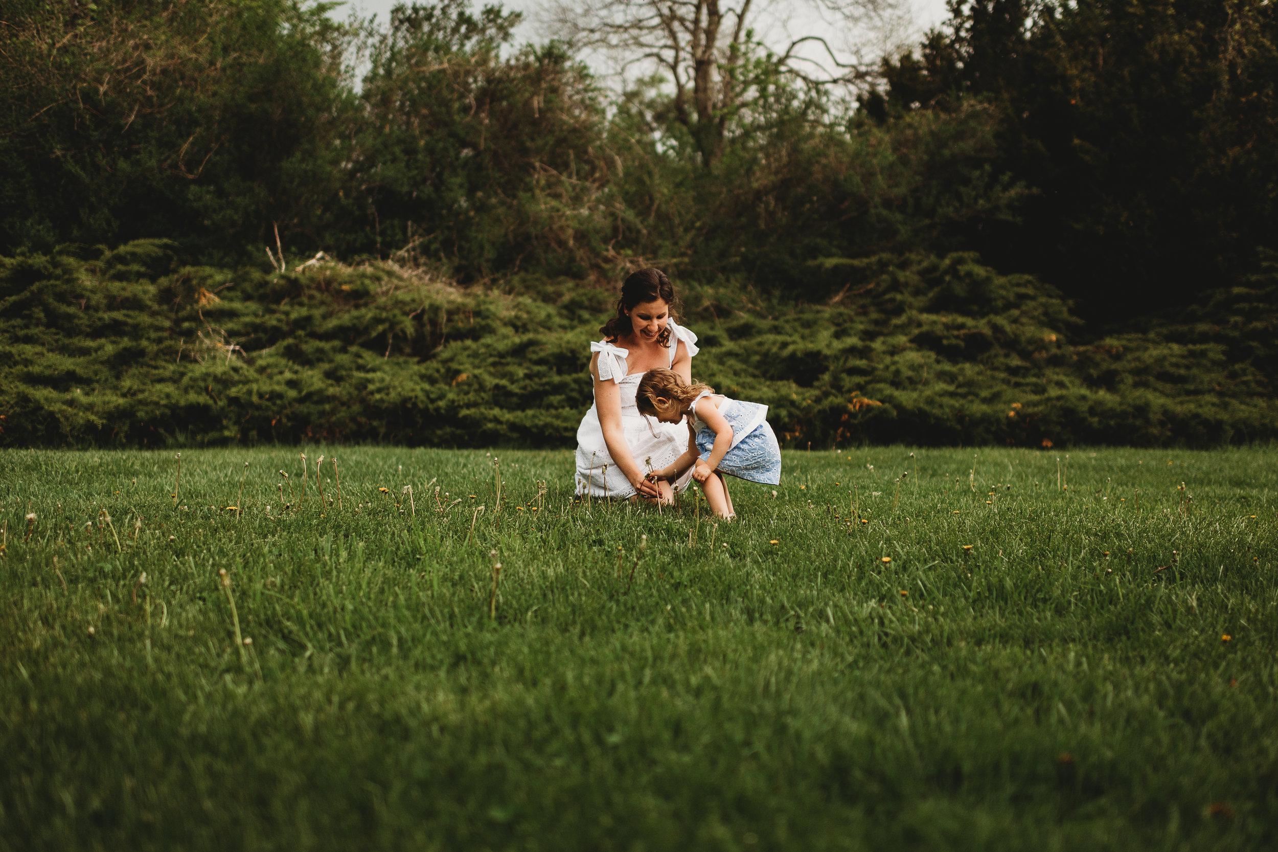 Laudien_Motherhood_New _Jersey_Photographer_Rutgers_Gardens_13