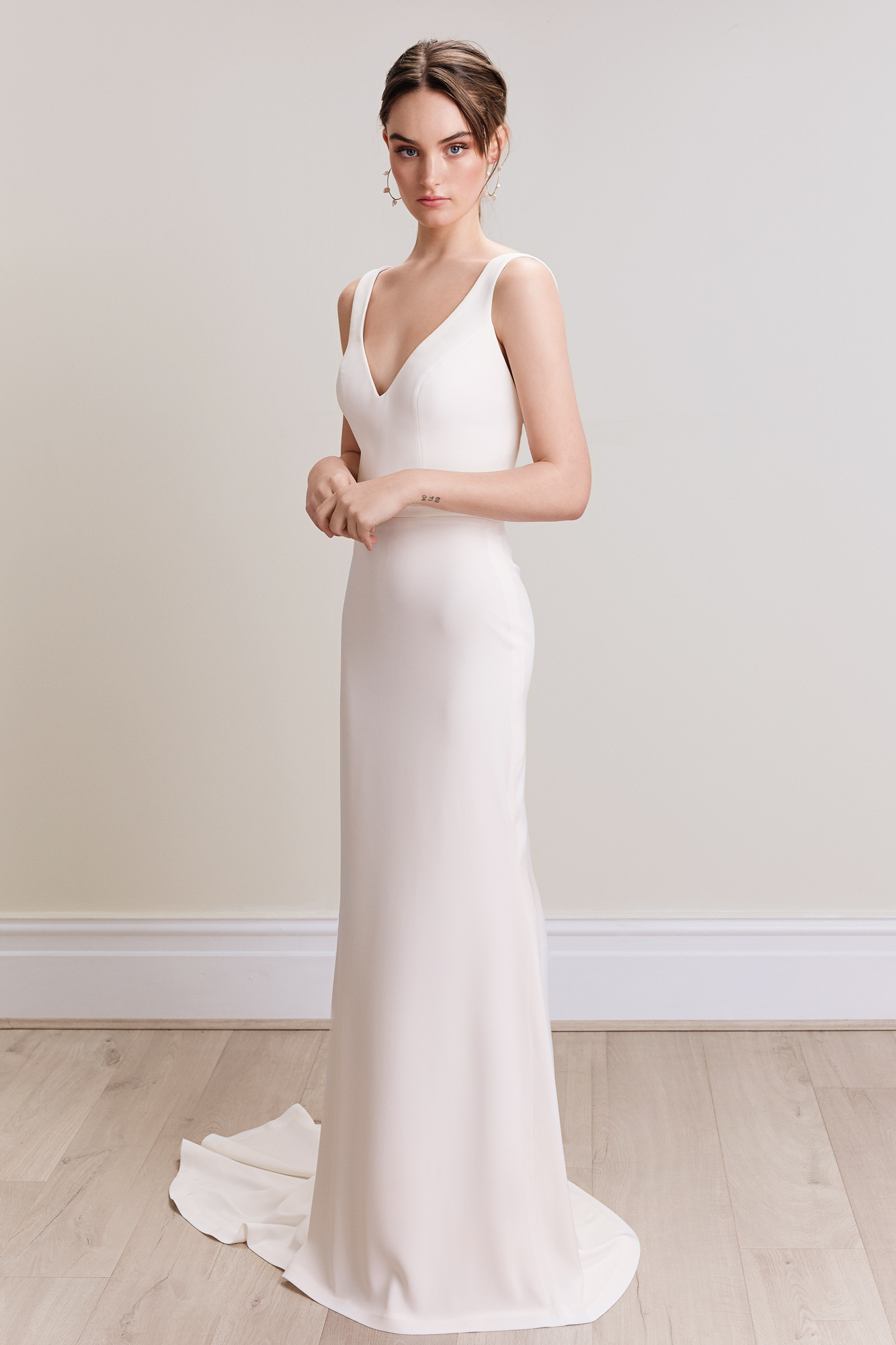 Sarina_Tavra_Bridal_Couture_2020_Collection_Maisie_Gown_01