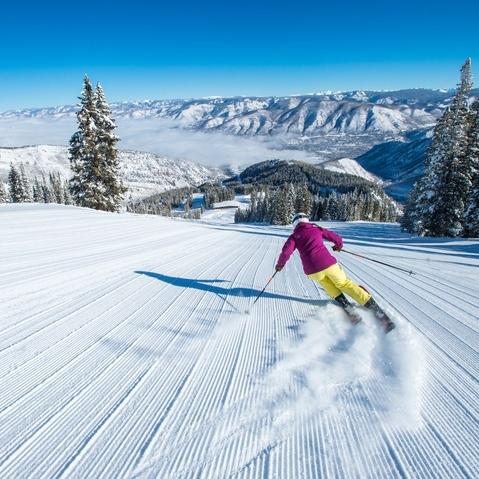 st-regis-aspen-winter-ski-2-15-A-111_720x479_72_RGB.jpg
