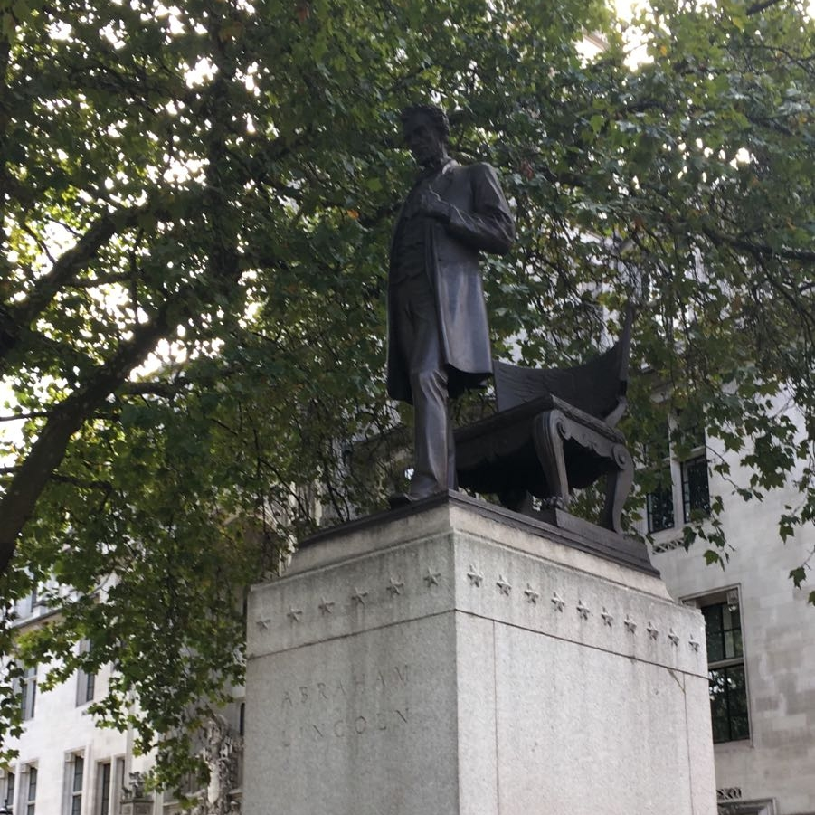Abraham Lincoln Statue
