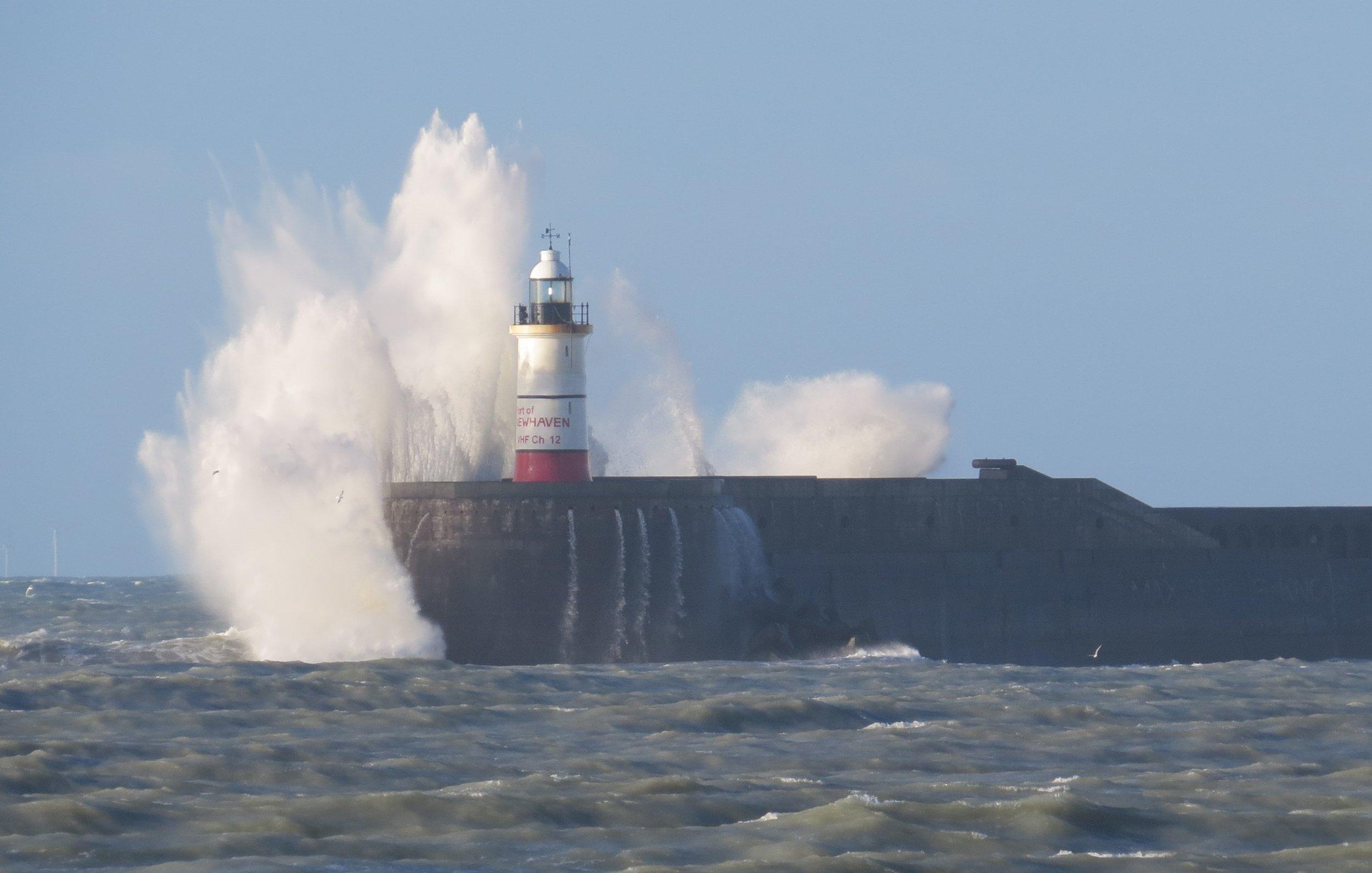 Waves Crashing Newhaven