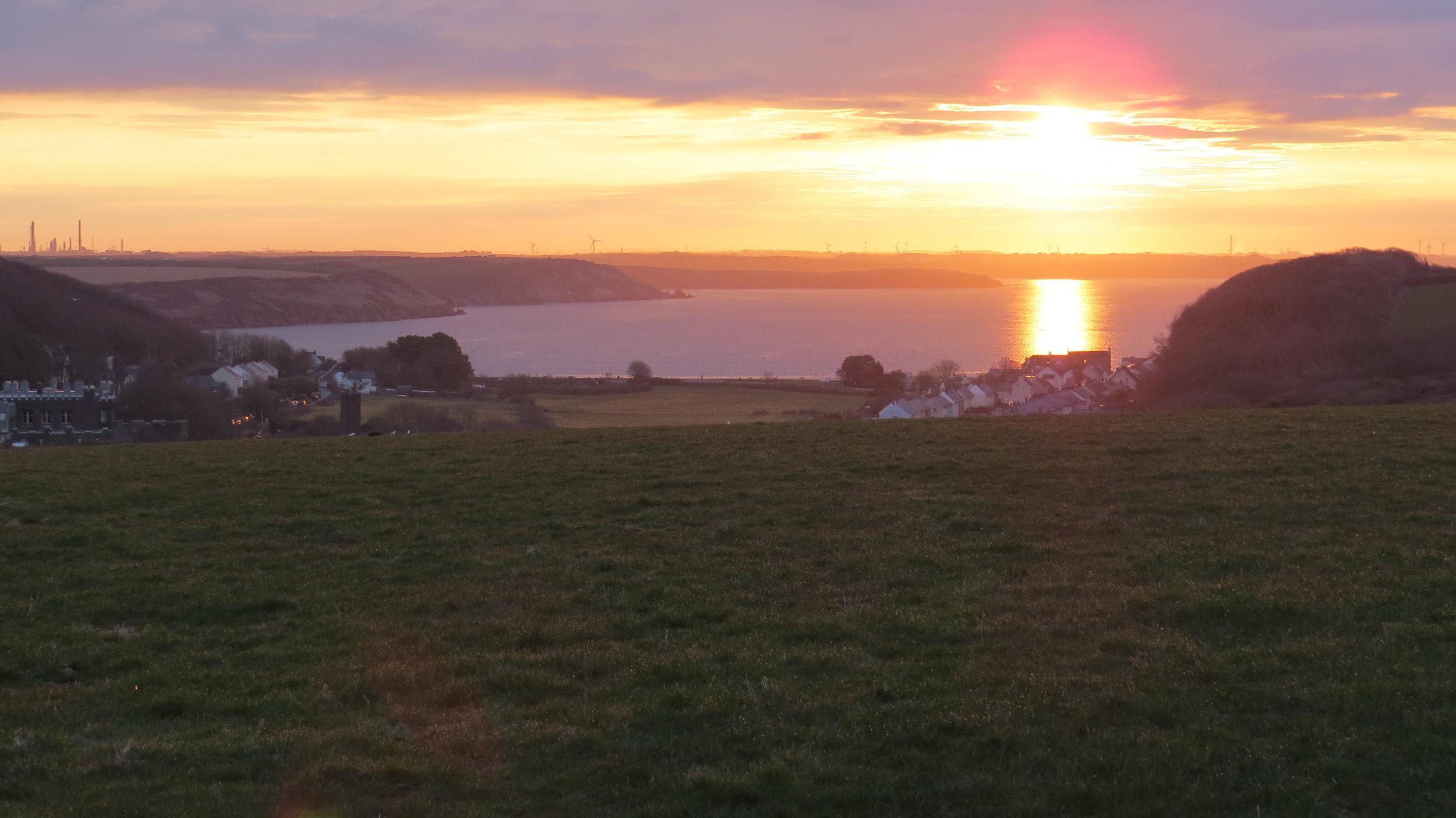 Sunrise over Dale