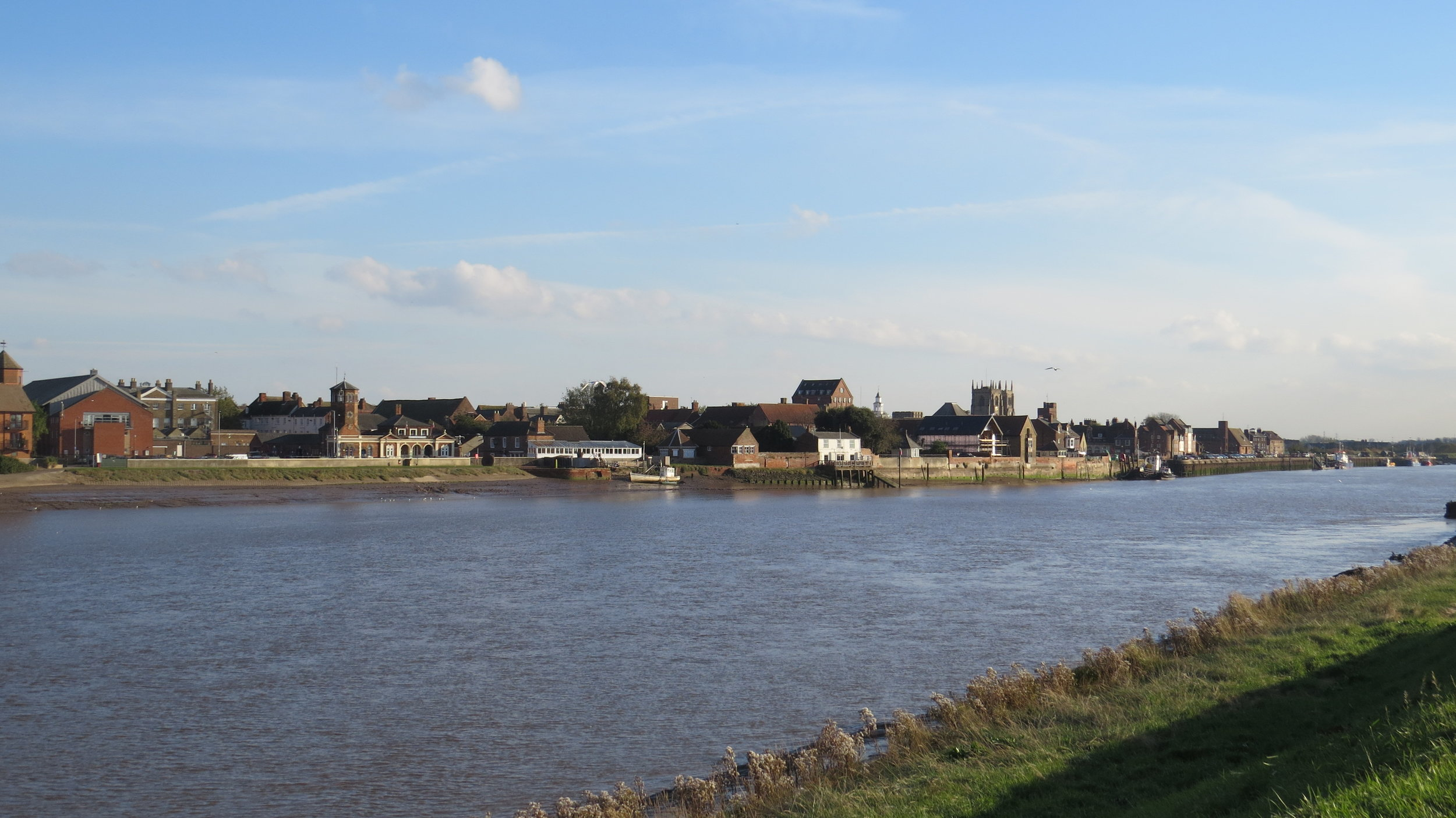 King's Lynn across River