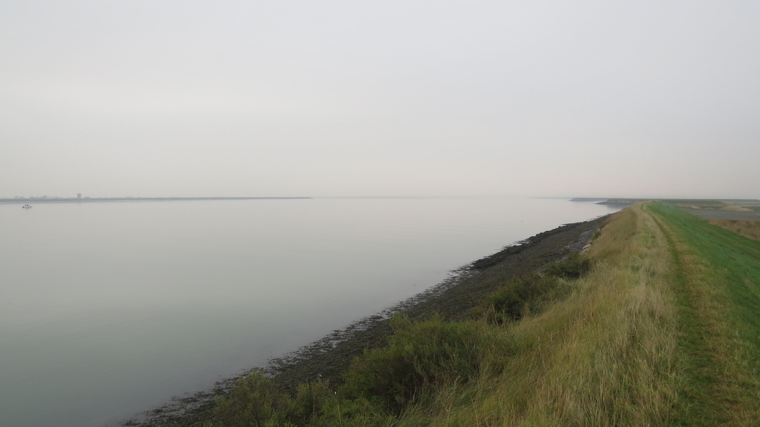 Embankment by River Crouch