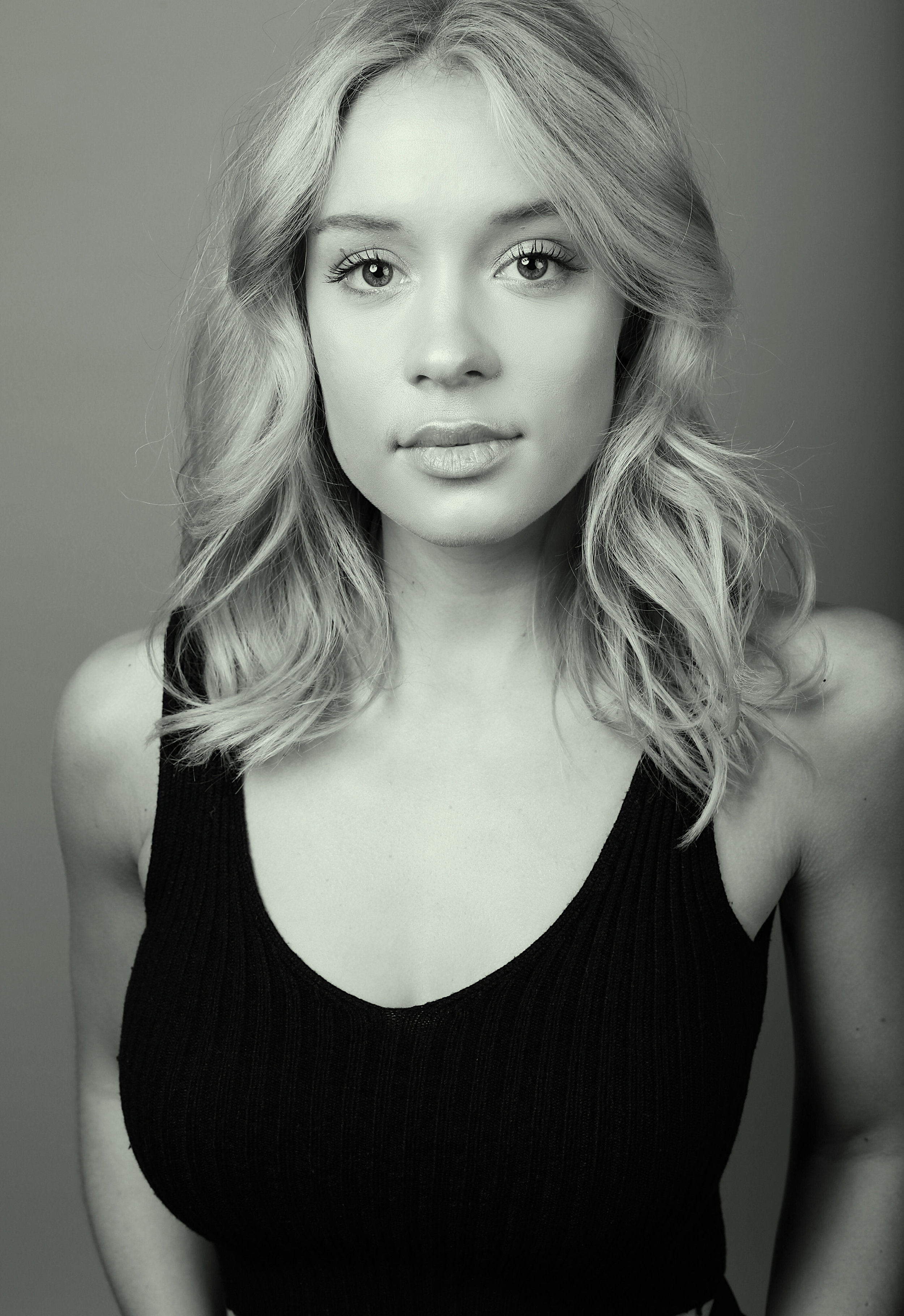 Lindsay Leuschner -