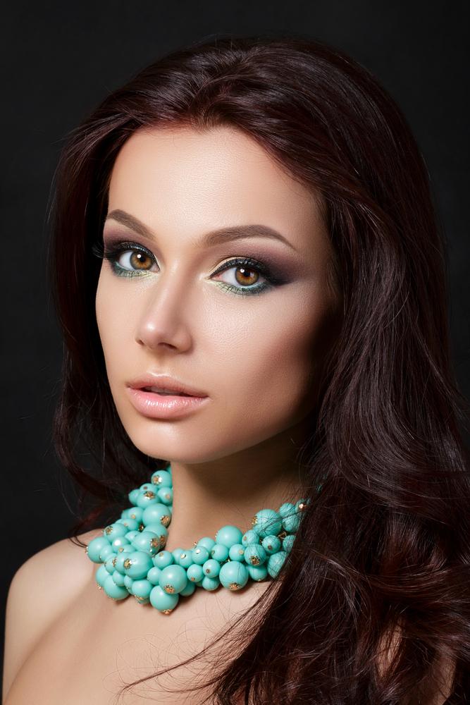 turquoise eyeliner makeup líčení