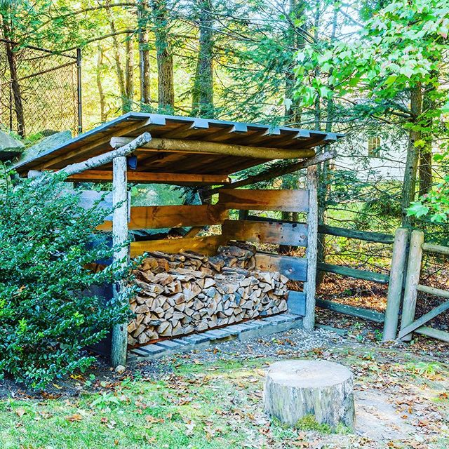 Here in the Northeast, we go through A LOT of firewood! 🔥🔥#30degreesthismorning #newenglandlandscapes #winteriscoming #designandbuild