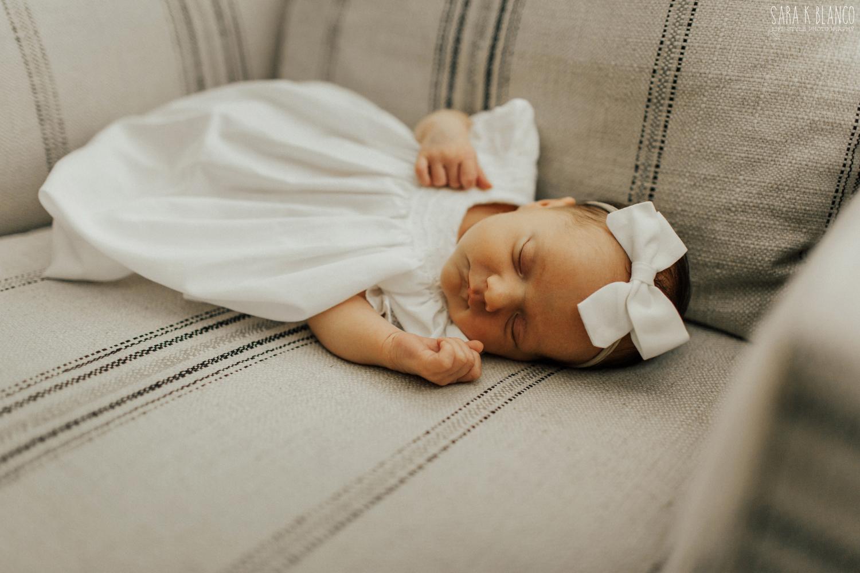 1393-san-antonio-newborn-lifestyle-photographer.jpg