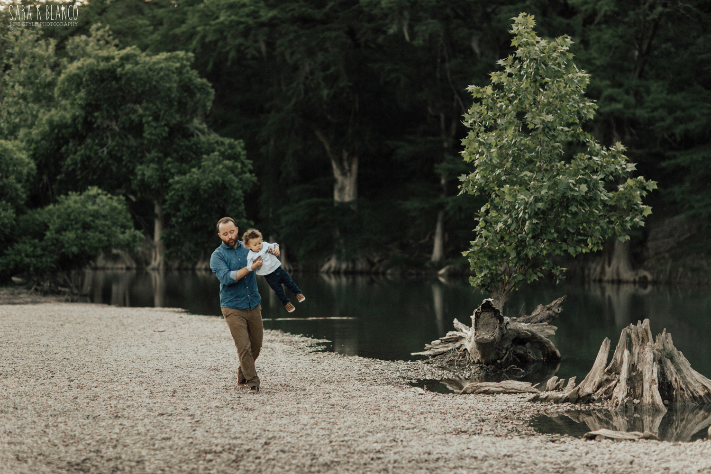 1461-san-antonio-family-lifestyle-photographer.jpg