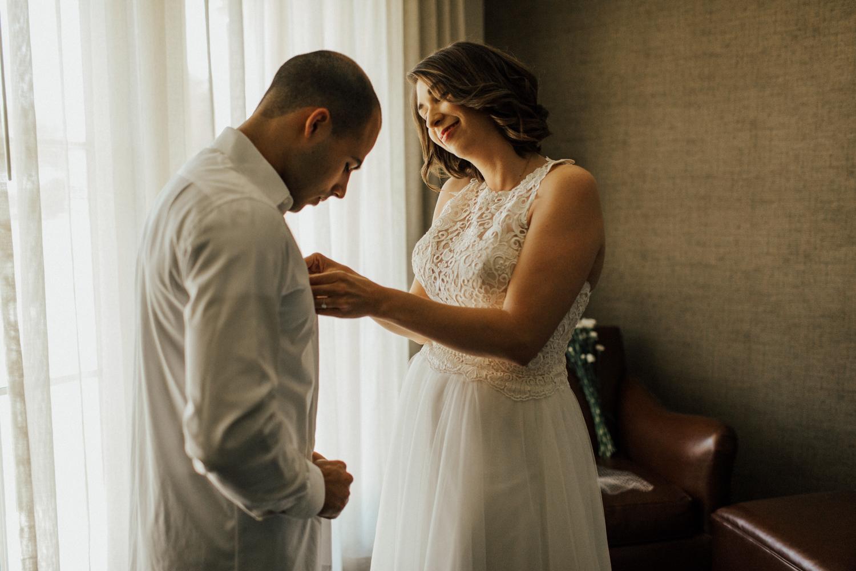 1608_san-antonio-intimate-wedding-photographer.jpg