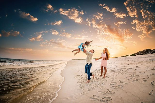 sweet summertime ☀️ . . . . . #navarre #navarrebeach #navarrefamilyphotographer #pensacolabeach #pensacolaphotographer #pensacolafamilyphotographer #destinflorida #destinfamilyphotographer #dearphotographer #chasingsunsets #thelifestylecollective #dearestviewfinder #dearphotographer #letthembelittle #our_everyday_moments #candidchildhood #letthekids #lookslikefilm #our_magical_moments #lovelywanderings #beyondthewanderlust #growingfromadventure #lifewellcaptured #runwildmychild #magicofchildhood #beunraveled #thesearethedays  #childhoodunplugged #myfeatureshoot #childhoodwonders