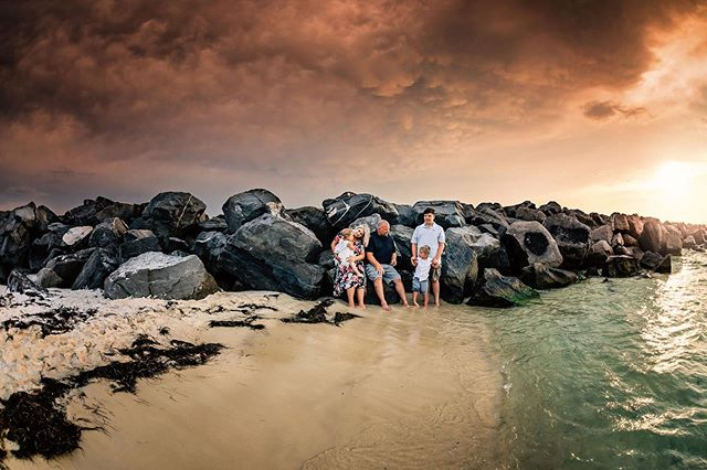 Family love ✨  #navarrebeach #navarre #navarrefamilyphotographer #pensacolabeach #pensacolaphotographer #pensacolafamilyphotographer #destinflorida #destinfamilyphotographer #dearphotographer #chasingsunsets #thelifestylecollective #dearestviewfinder #dearphotographer #letthembelittle #our_everyday_moments #candidchildhood #letthekids #lookslikefilm #our_magical_moments #lovelywanderings #beyondthewanderlust #growingfromadventure #lifewellcaptured #runwildmychild #magicofchildhood #beunraveled #thesearethedays  #childhoodunplugged #myfeatureshoot #childhoodwonders