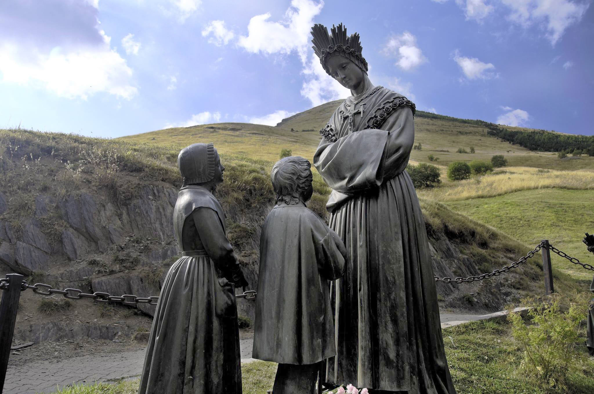 Our-Lady-of-LaSalette 01.jpg