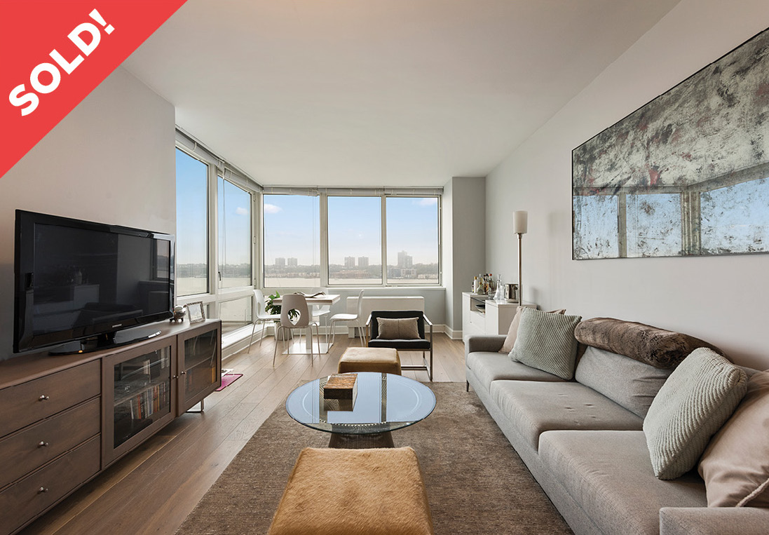 120 Riverside Blvd: 11F - $1,495,000 // 1 Bed // 1 Bath // 917 SQFT A luxurious one-bedroom, one-bathroom unit at Trump Place on Riverside Blvd. Facing the Hudson River, enjoy sunsets and river views in every room in this southwest facing apartment.