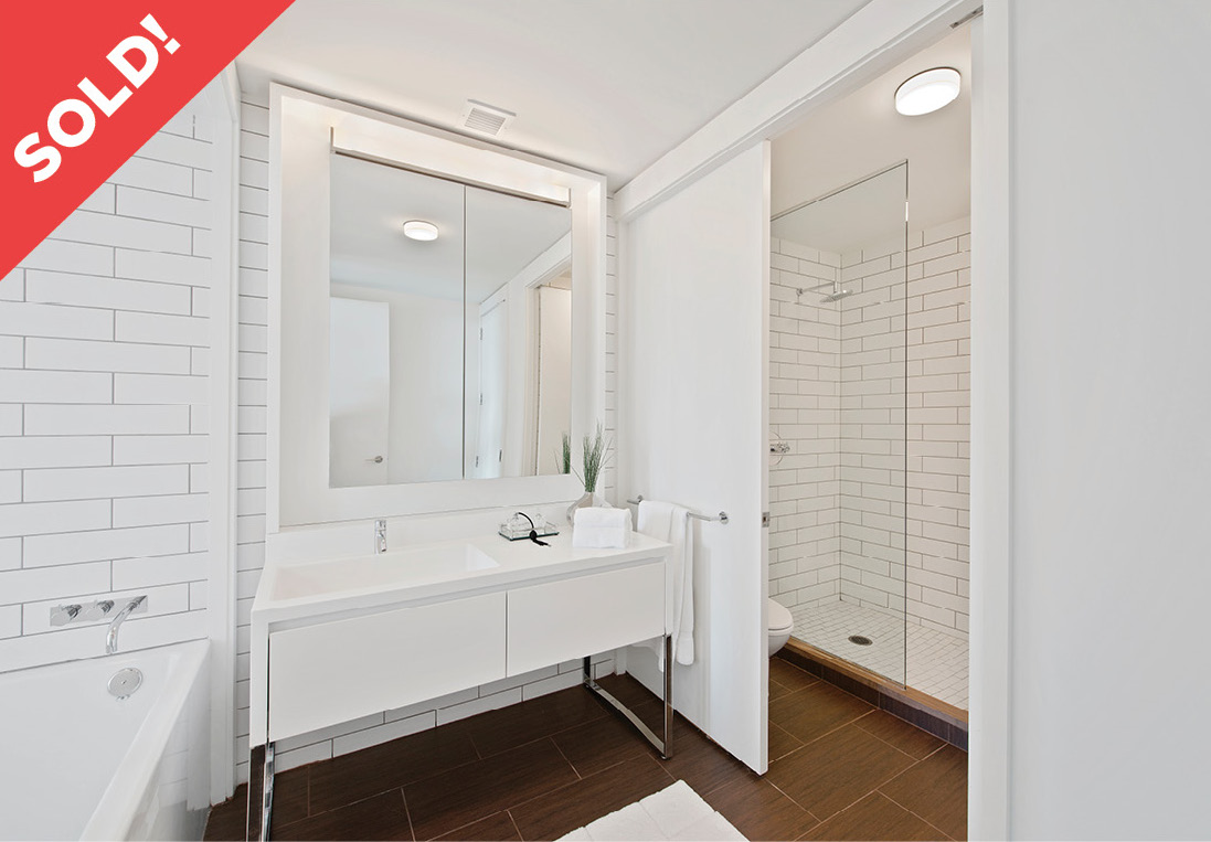 15 William Street: 14C - $1,125,000 // 1 Bed // 1 Bath // 832 SQFT Situated in the heart of the Financial District, this large one bedroom residence possesses a host of modern finishes as well as ceilings that reach nearly 10 feet in height!.