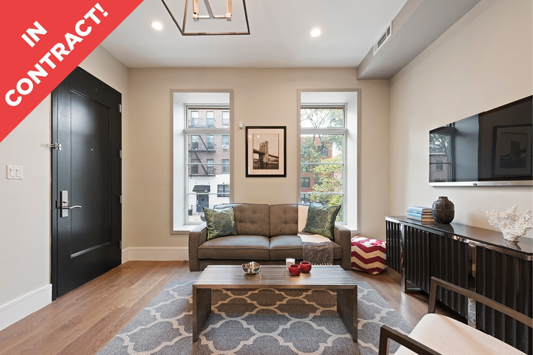 312 Clifton Place: Apt 1 - $1,100,000 // 2 Beds // 1.5 Baths // 1,742 SQFTA pristine duplex condo boasting high-end finishes and private outdoor space, this 2-bedroom, 1.5-bathroom home is a chic portrait of contemporary Brooklyn living.