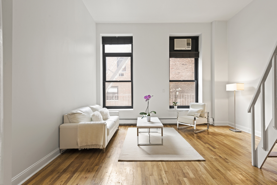 250 Mercer Street: C418 - $680,000 // Studio // 1 Bath // Co-opThis great loft studio features soaring 11+ foot ceilings, tall windows, a mezzanine sleep loft, and a separate dining area near the kitchen.