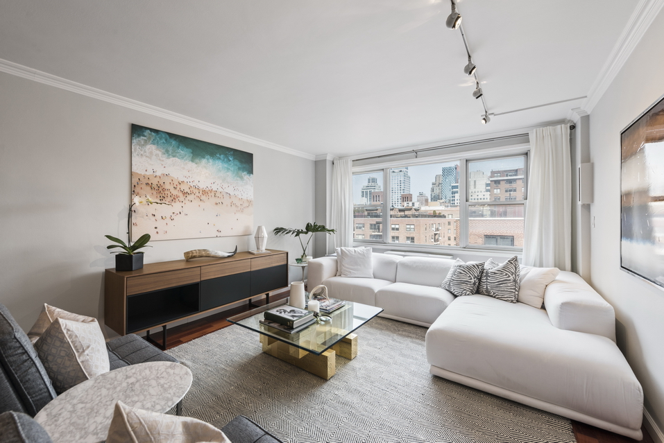 440 East 62nd Street:15B - $725,000 // 1 Bed // 1 Bath // 888 SQFTA pristine corner co-op suffused with natural light, this renovated 1-bedroom, 1-bathroom home is the quintessence of classic New York City living.