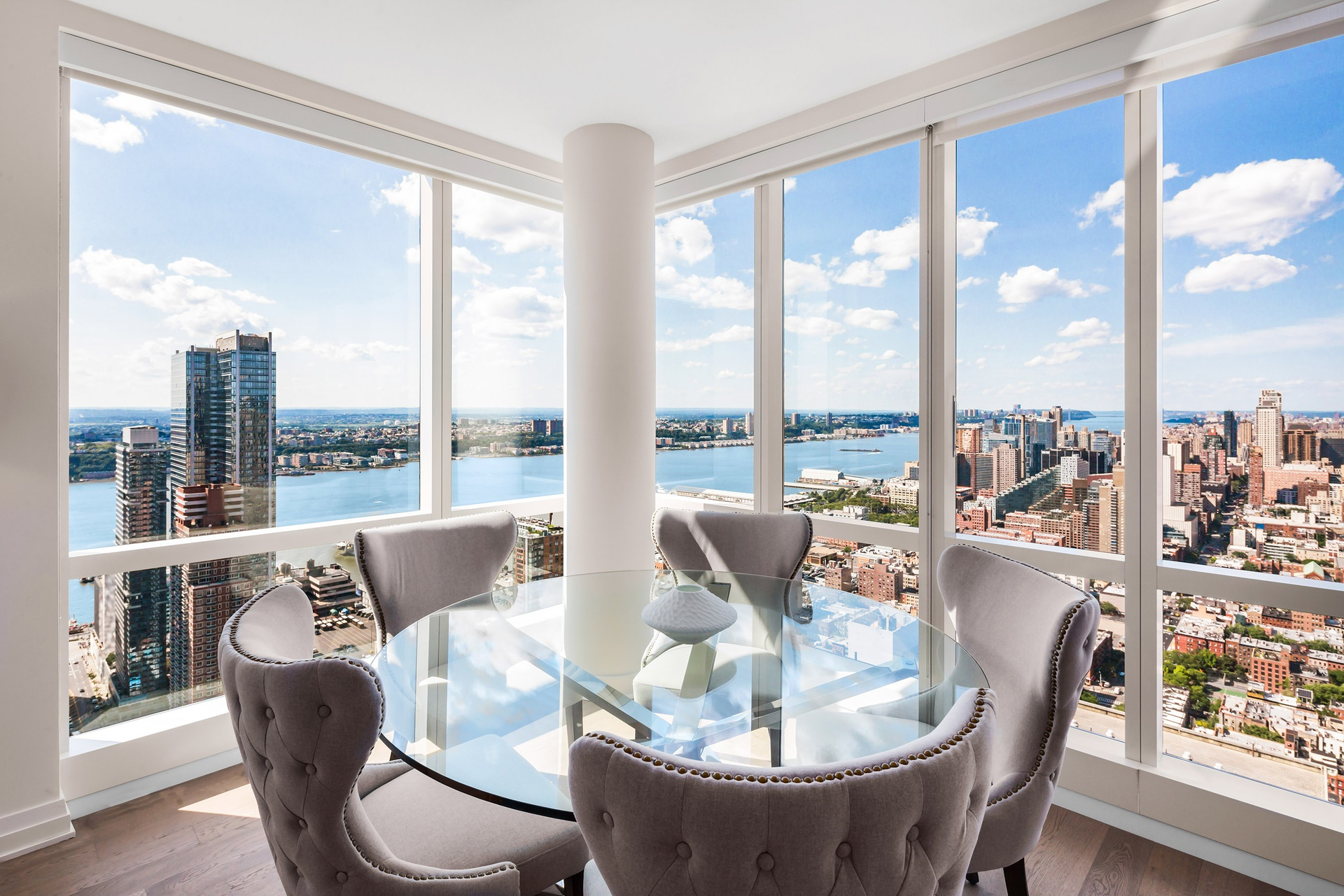 460 West 42nd Street, 58K - $3,570,000 // 2 Bed // 2.5 Bath // 1,266 SQFT With residences starting on the 51st floor, 58K is a stunning Two Bedroom Two and Half Bath residence of 1,266 square feet.