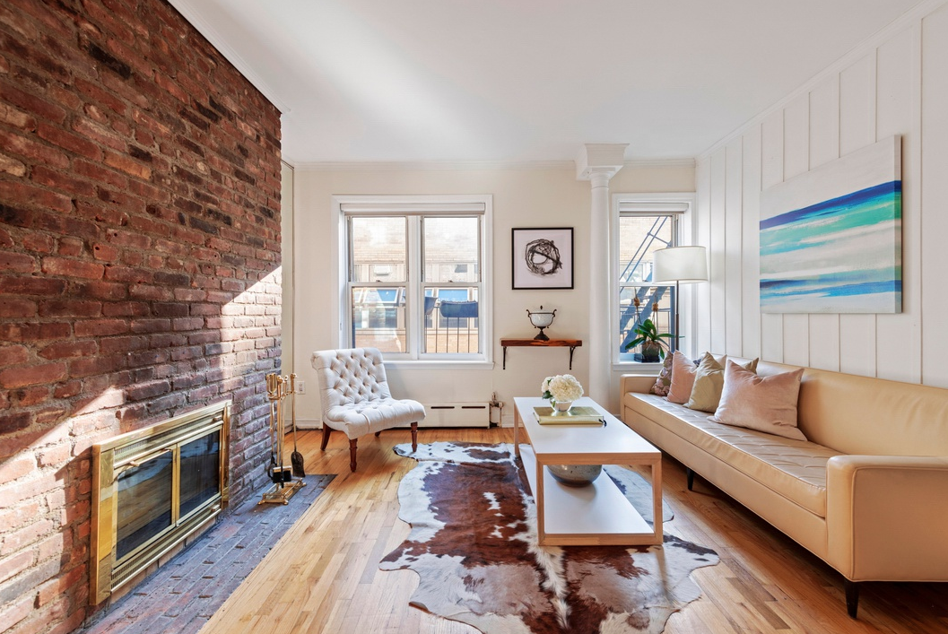 210 EAST 21ST STREET, 3B - $750,000 // 2 Beds // 1 BathA stunning co-op nestled less than a block from Gramercy Park, this 2-bedroom, 1-bathroom home is a seamless blend of modern convenience and prewar charm.