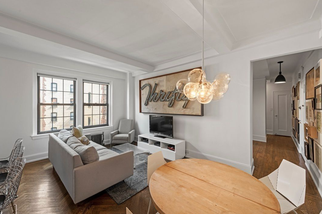 90 8TH AVENUE, 5C - $1,050,000 // 2 Beds // 1 Bath // CO-OPThis prestigious 2-bedroom, 1-bathroom apartment is nestled in prime Park Slope. Oversized and welcoming with generously proportioned rooms, original moldings, parquet and herringbone floors, this apartment is truly one of a kind! The classically white kitchen with Bosch dishwasher opens into the spacious living room by way of the open eat-in peninsula. This space provides a wonderful opportunity for entertaining drenched with sunlight!