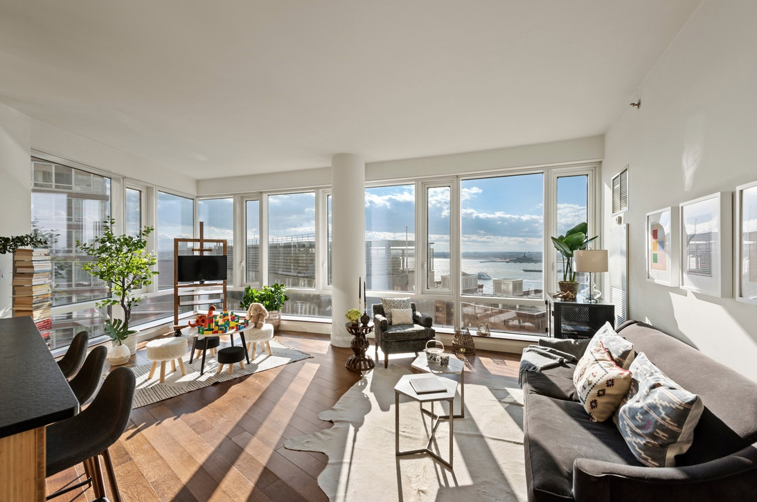 70 LITTLE WEST STREET, 12E - $2,995,000 // 3 Beds // 3 Baths // 1,737 SQFTBoasting stunning Hudson River views and an array of sleek fixtures and finishes, this 3-bedroom, 3-bathroom condo is a portrait of contemporary city luxury. Features of this 1,737 sq. ft. home include gorgeous wide-plank hardwood floors, floor-to-ceiling windows with western and southern exposure, central heating and cooling, and a convenient in-unit washer/dryer. By far one of the BEST layouts The Visionaire has to offer.
