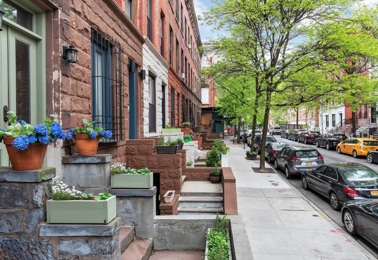 304 WEST 137TH STREET - $1,895,000 // 4 Beds // 3 Baths // 3,300 SQFT // 585 EXSFPerfect opportunity for the Harlem Town House lover. Bring your architect/contractor and create your dream home and or investment. Currently vacant and in need of a full renovation. Building is 15' by 55' Lot is 15' by 100'. Currently the building is approximately 3300sqft over 4 stories plus the cellar. Total buildable is 5,157sqft.