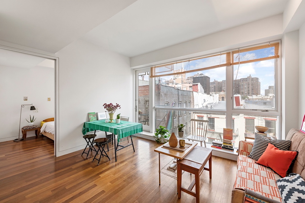 30 ORCHARD STREET, 5E - $970,000 // 1 Bed // 1 Bath // 526 SQFT // 54 EXT SQFTStylish, brimming with light, 1-bedroom, 1-bath condo with a large balcony at 30 Orchard St. This gorgeous apartment features full walls of east facing floor-to-ceiling windows with lovely neighborhood views, extra high ceilings, deep window sills, a wonderful large terrace and teak hardwood floors. A perfect reprieve from the city.