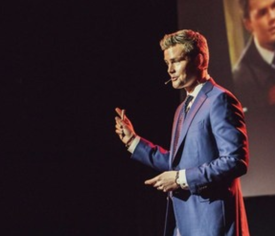 """""""Ryan Serhant's SELL IT LIKE SERHANT: THE COURSE Is The #1 Selling Real Estate Course Of All Time"""" - - BUSINESS INSIDER"""