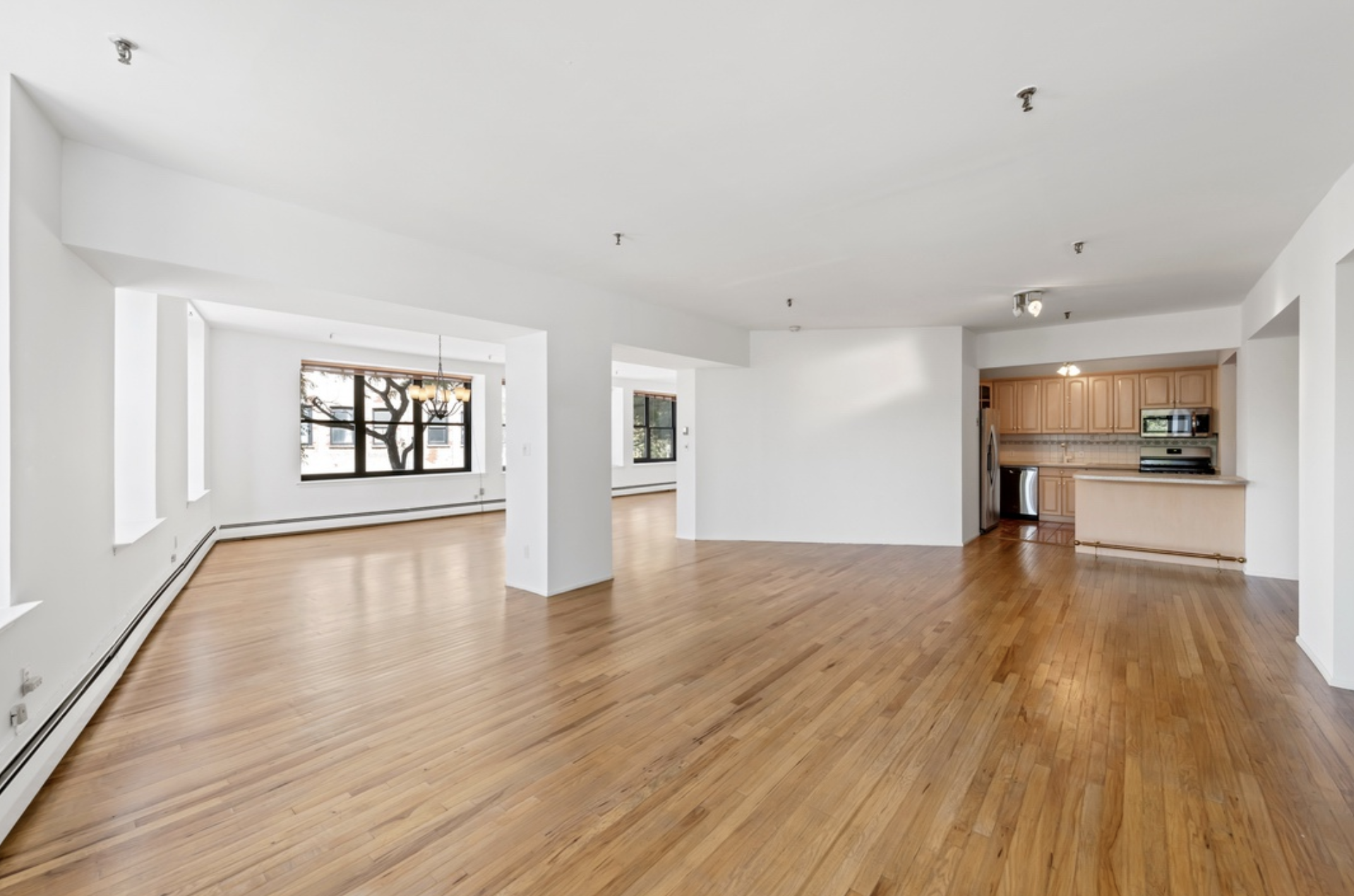 166 BANK STREET, 2B - $2,699,000 // 3 Beds // 2 Baths // 2,400 SQFTWelcome to this beautiful, spacious, airy and bright loft-like gem in prime West Village. Move right in, or create your dream home. Currently setup as a 1 bedroom, 2 bathroom with wide open living and dining areas with bountiful windows and natural light. Easily converted into a 2 or 3 bedroom apartment.