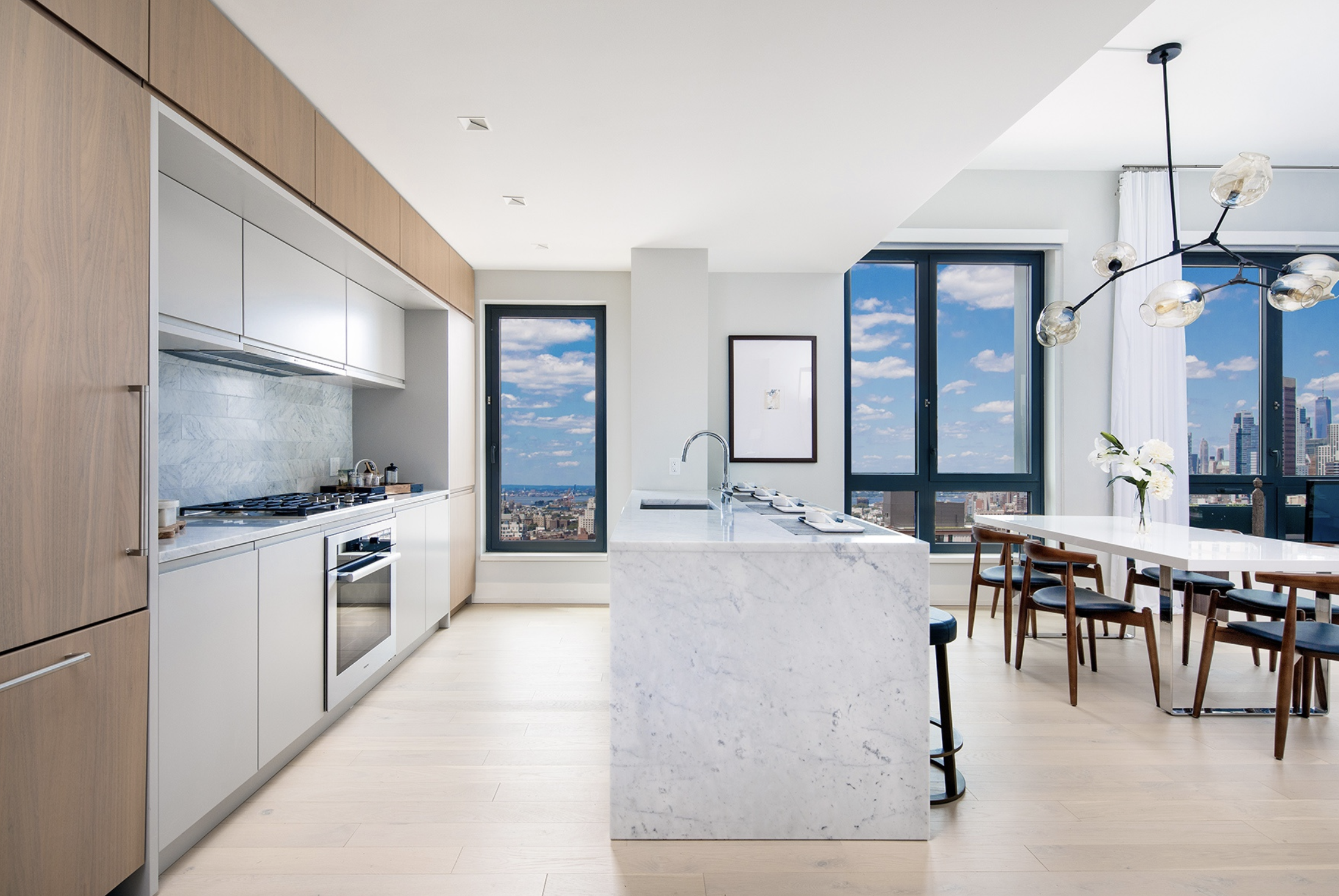 550 VANDERBILT AVENUE, 1609 - $2,300,000 // 2 Beds // 2.5 Baths // 1,429 SQFTThe first residential building to open in Pacific Park Brooklyn, the revolutionary new Frank Gehry designed 22-acre project coming to Prospect Heights. This stunning residence with lofty ceilings heights of up to 10 feet has been designed using a palette of natural, organic elements with an array of sophisticated fixtures and finishes.