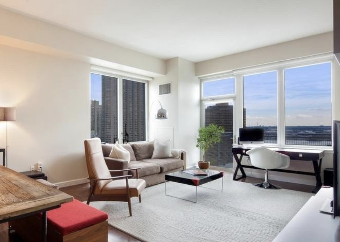 225 EAST 34TH STREET, PHB - $2,250,000 // 2 Beds // 2 Baths // 1,431 SQFTLive in one of the most coveted penthouses in the Charleston! A corner unit featuring East river views from every room, 12 ft ceilings, private balcony, floor to ceiling windows, and an abundance of closet space. The open, gourmet windowed kitchen features top of the line appliances and wine fridge. Asko Washer/dryer in apartment. Large private storage locker transfers with this apartment.