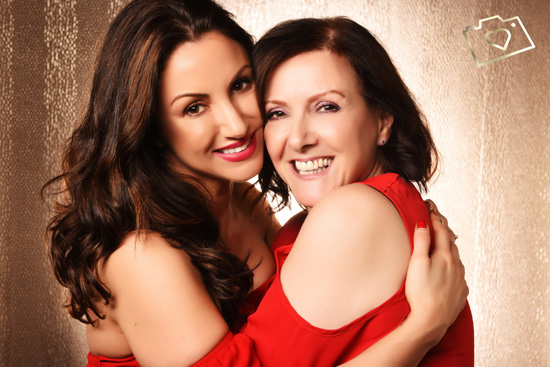 Makeover Photoshoot with Afternoon Tea - Curves Photography Studios - Mum and Daughter_054.jpg