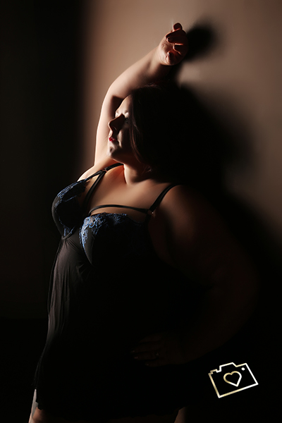curves photography studios - boudoir photography Sarah.jpg