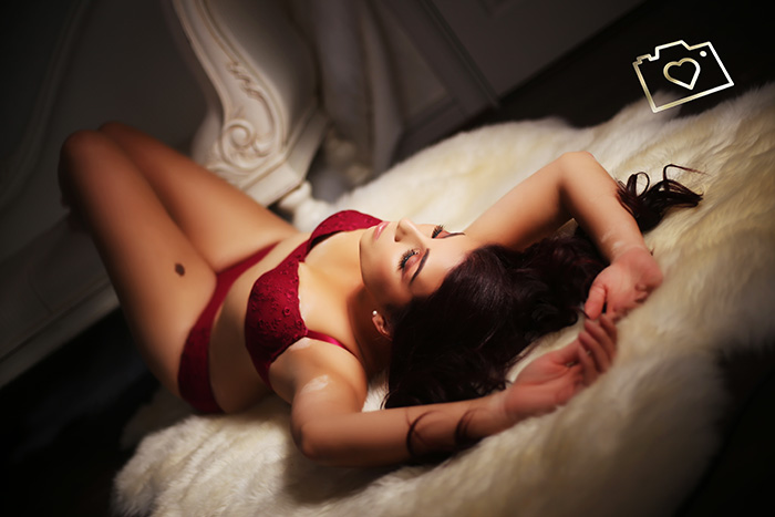 curves boudoir photographers liverpool and manchester