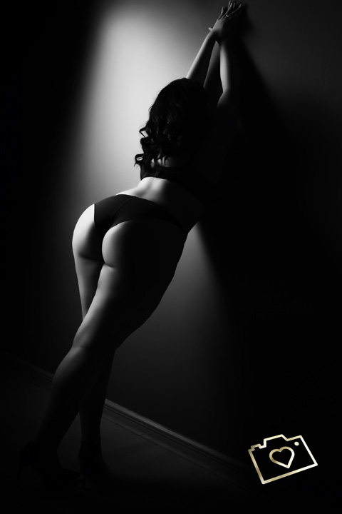 Curves Photography Studios - Boudoir Photographer Manchester - Cheshire - Photo Studio_391.jpg