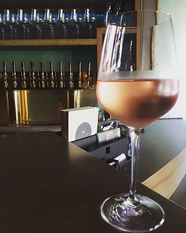 La vie en rosé! Celebrate Bastille Day with a glass of our Provençal style @hogwashrose • • • • #wine #winebar #tendersf #tenderloin #sanfrancisco #westcoast #bayarea #cheers #bastilleday