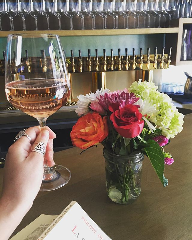 Treat the special woman in your life to a glass of our @malenewines rosé on this beautiful spring day! #mothersday #springtime #rosé #wine #winetasting #TenderSF #cheers #happyhour #sundayfunday