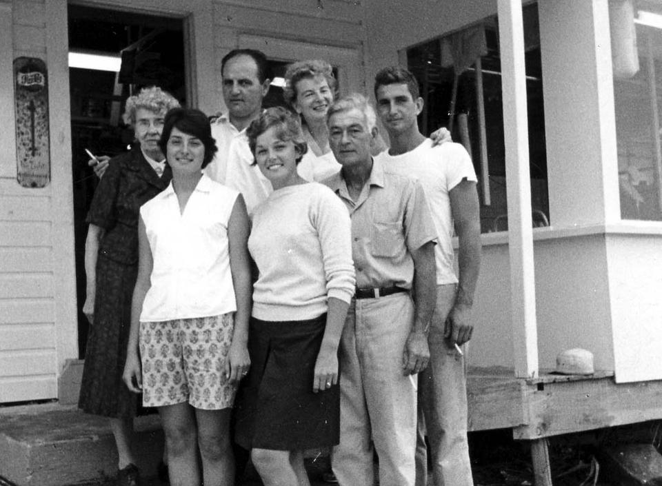 70s_family.jpg