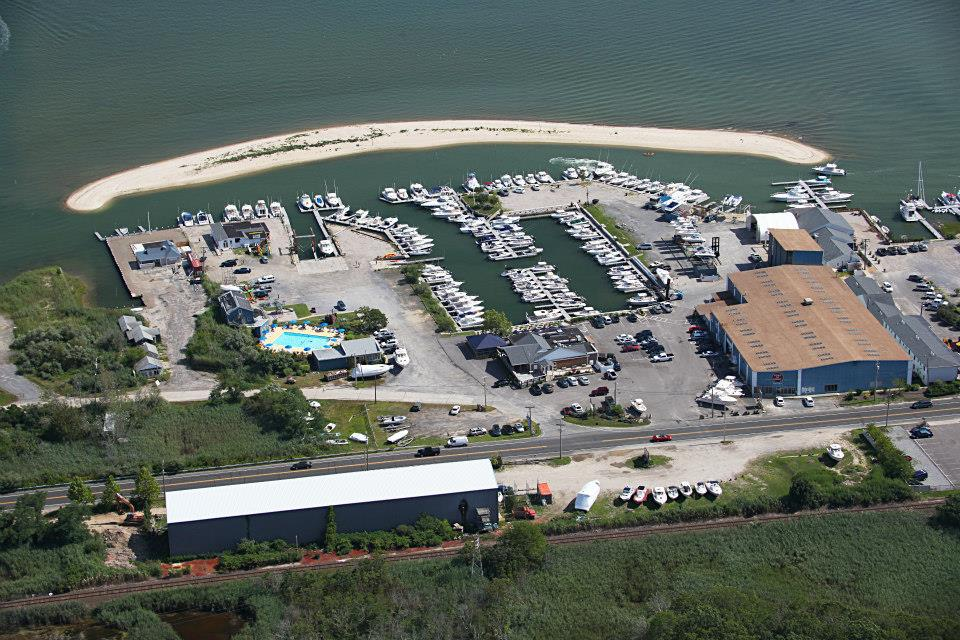 FULL-SERVICE MARINA   - Located on Long Island's idyllic North Fork, our family-owned business has been serving boaters since 1946.   See our services & amenities.