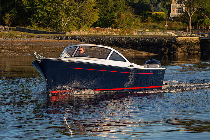 23-bristol-harbor-cuddy-03.jpg