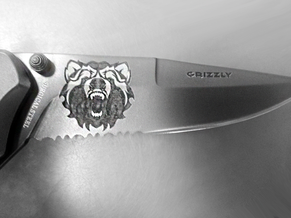 Knife Metal Marked Grizzly Bear.jpg