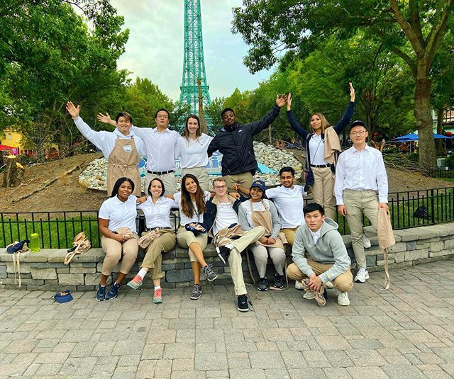 This past weekend our Brothers spent their Sunday volunteering at Kings dominion! 🎢 . . . . S/o to fundraising chair @mattnguyen23 for putting it all together!
