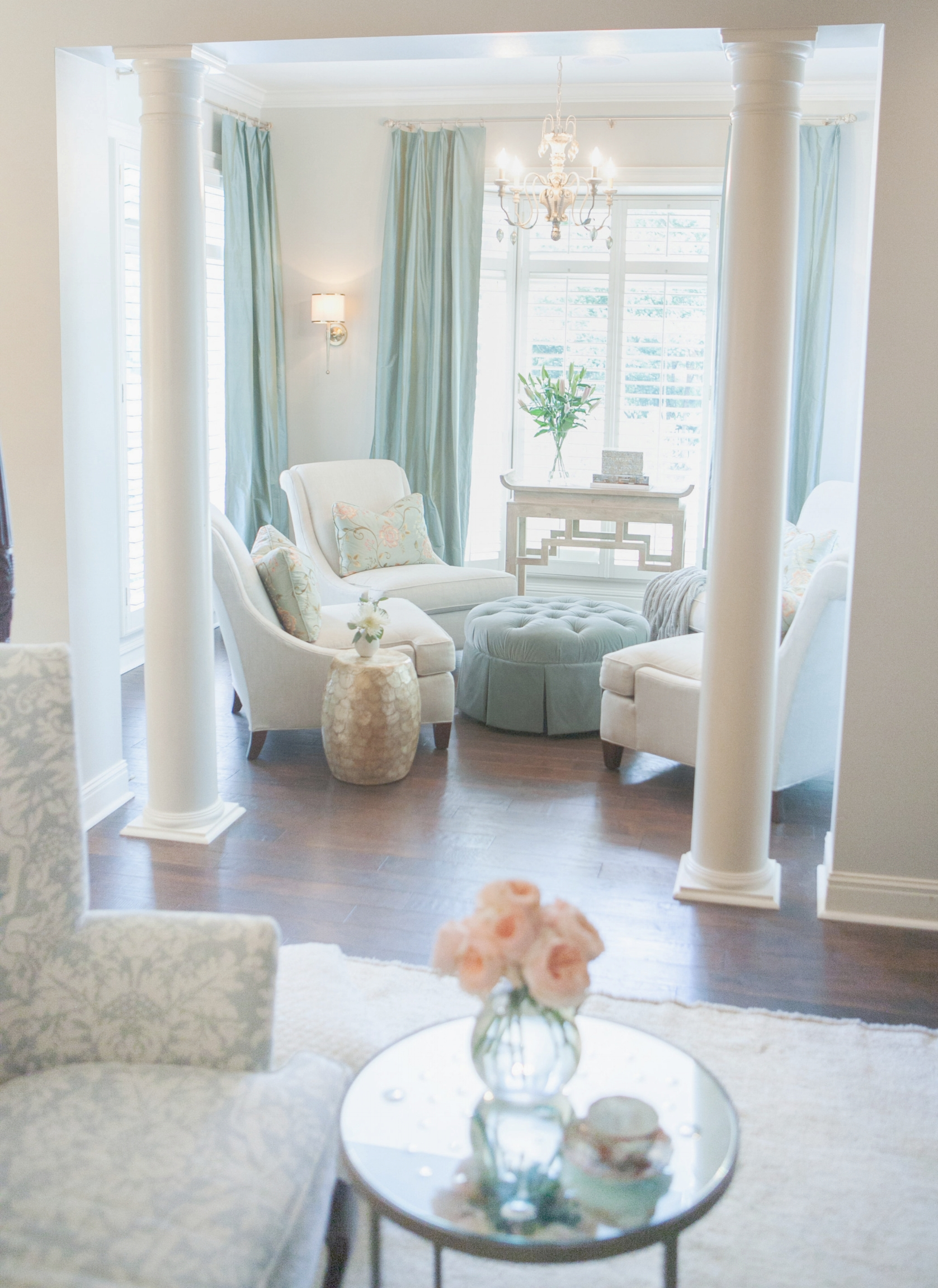 full view sitting room.jpg