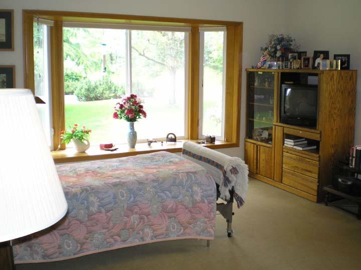 Bedroom%202_JPG.jpg
